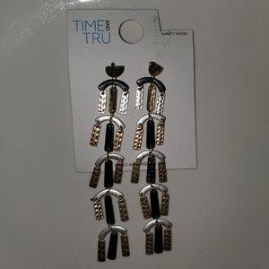 Time & Tru Casual Metallic Dangling Earrings